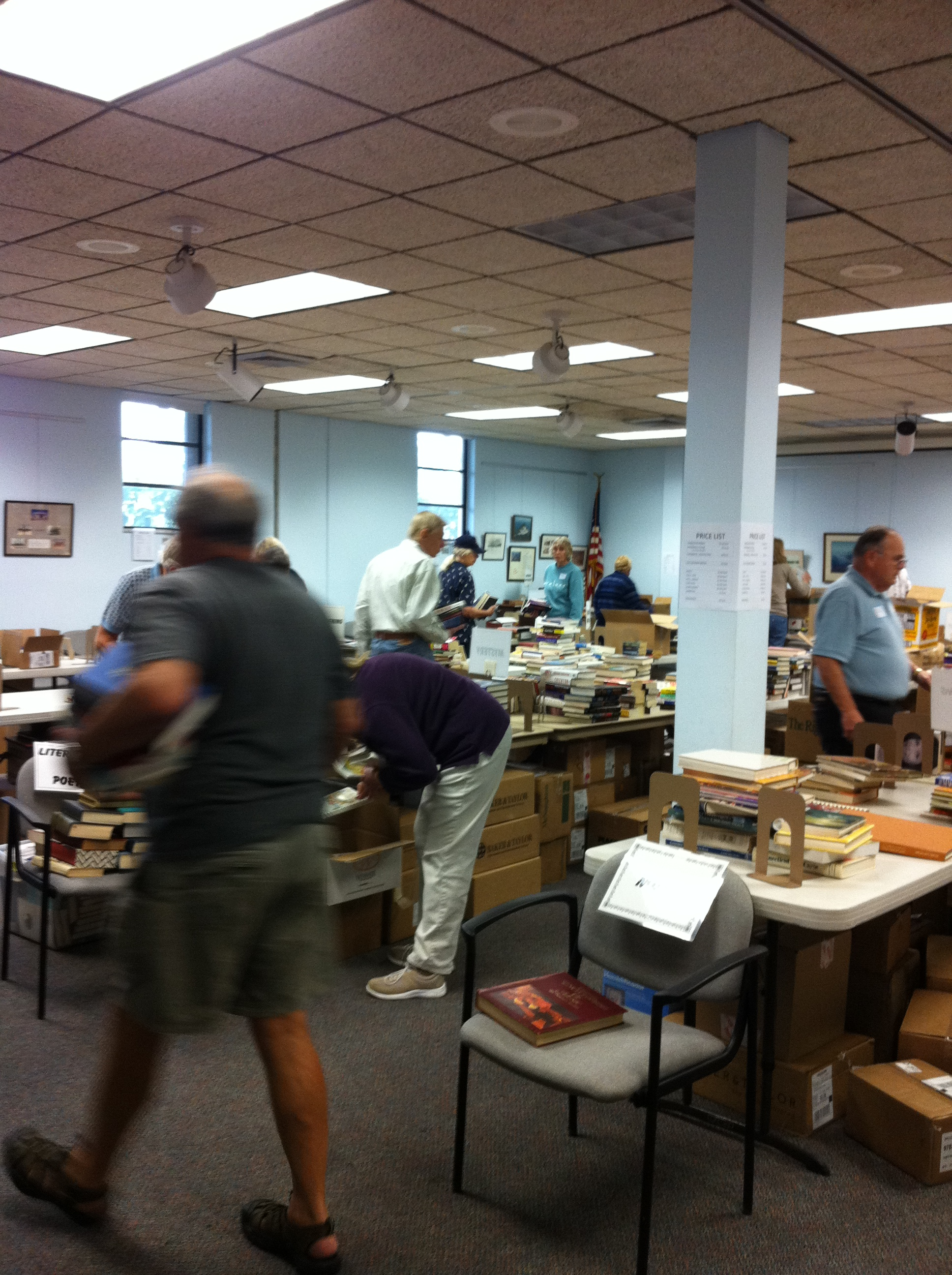 The Friends of the Library organized a book sale